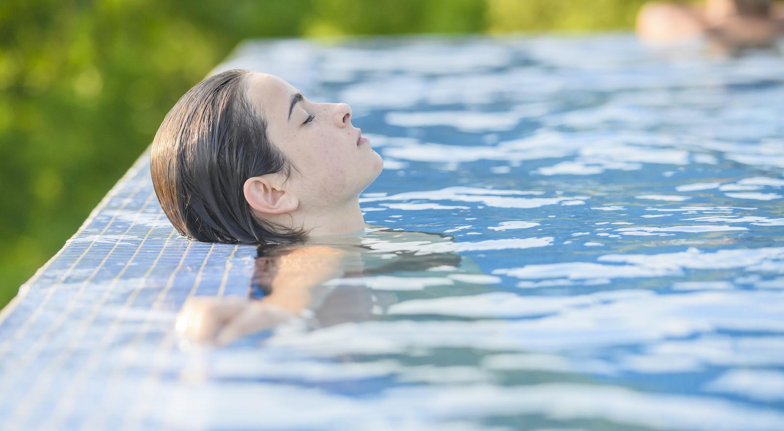 Com ajustar correctament el pH de l'aigua de la piscina